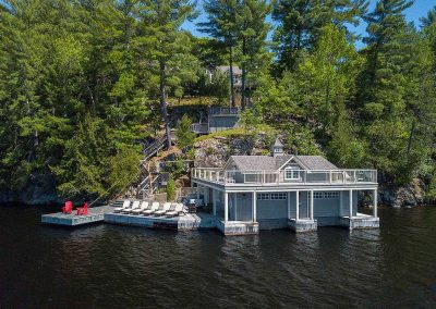 Lakeside living on Lake of Bays